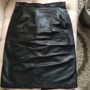 AnnTaylor/ Fine Leather~pencil skirt